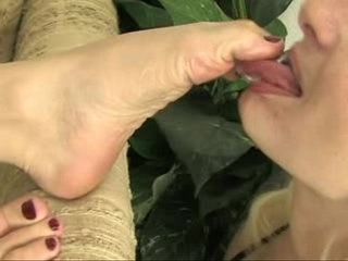 Lesbian Foot Worship Mistress Claire and Olivia